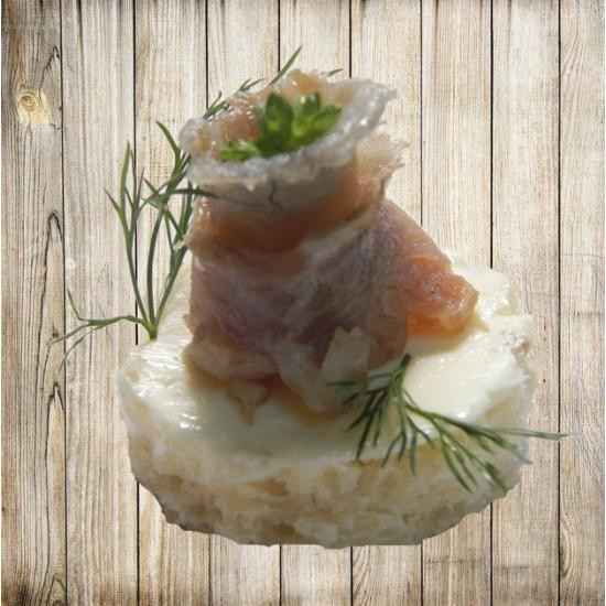 Канапе - Скумбрия на белом хлебе